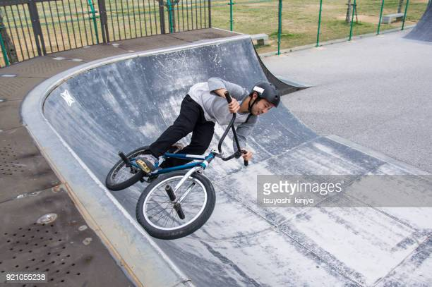 bmx rider,japan,okinawa - cycling event stock pictures, royalty-free photos & images