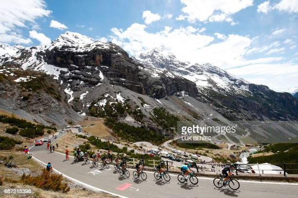 TOPSHOT Riders climb the Stelvio during the 16th stage of the 100th Giro d'Italia Tour of Italy cycling race from Rovetta to Bormio on May 23 2017 /...