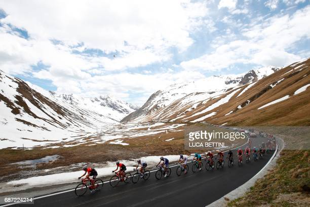 Riders go down the Stelvio during the 16th stage of the 100th Giro d'Italia, Tour of Italy, cycling race from Rovetta to Bormio on May 23, 2017. /...