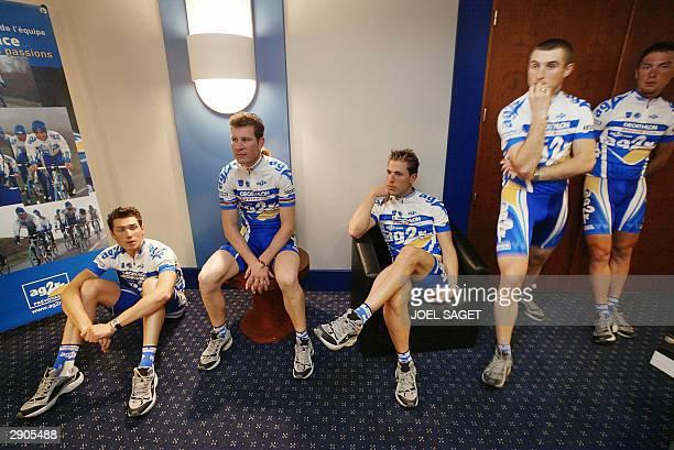 riders of French AG2R cycling team Nicolas Portal Laurent Brochard JeanPatrick Nazon Nicolas Inaudi and Spain's Inigo Chaurreau attend the...