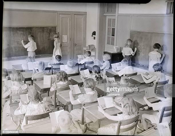 Ridgewood, New Jersey: Schoolroom scene at George Washington School. Undated photograph.