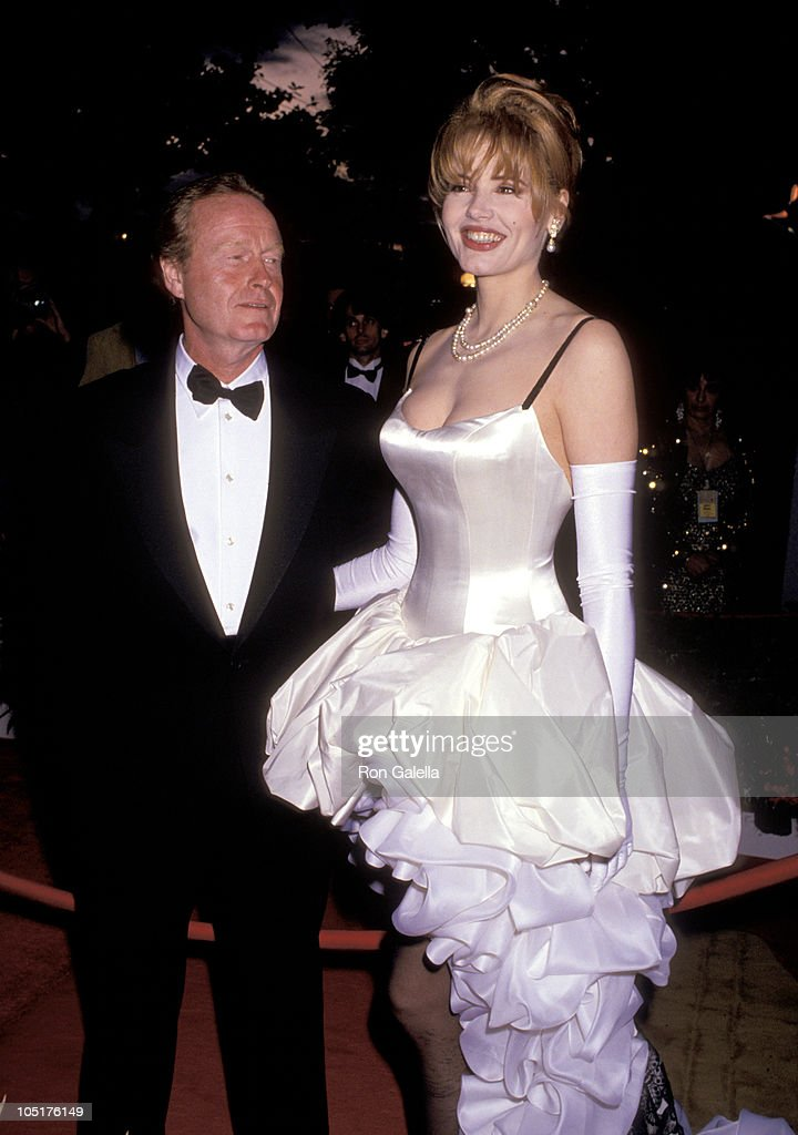 Ridley Scott and Geena Davis during 64th Annual Academy Awards at Dorothy Chandler Pavilion in Los Angeles, California, United States.