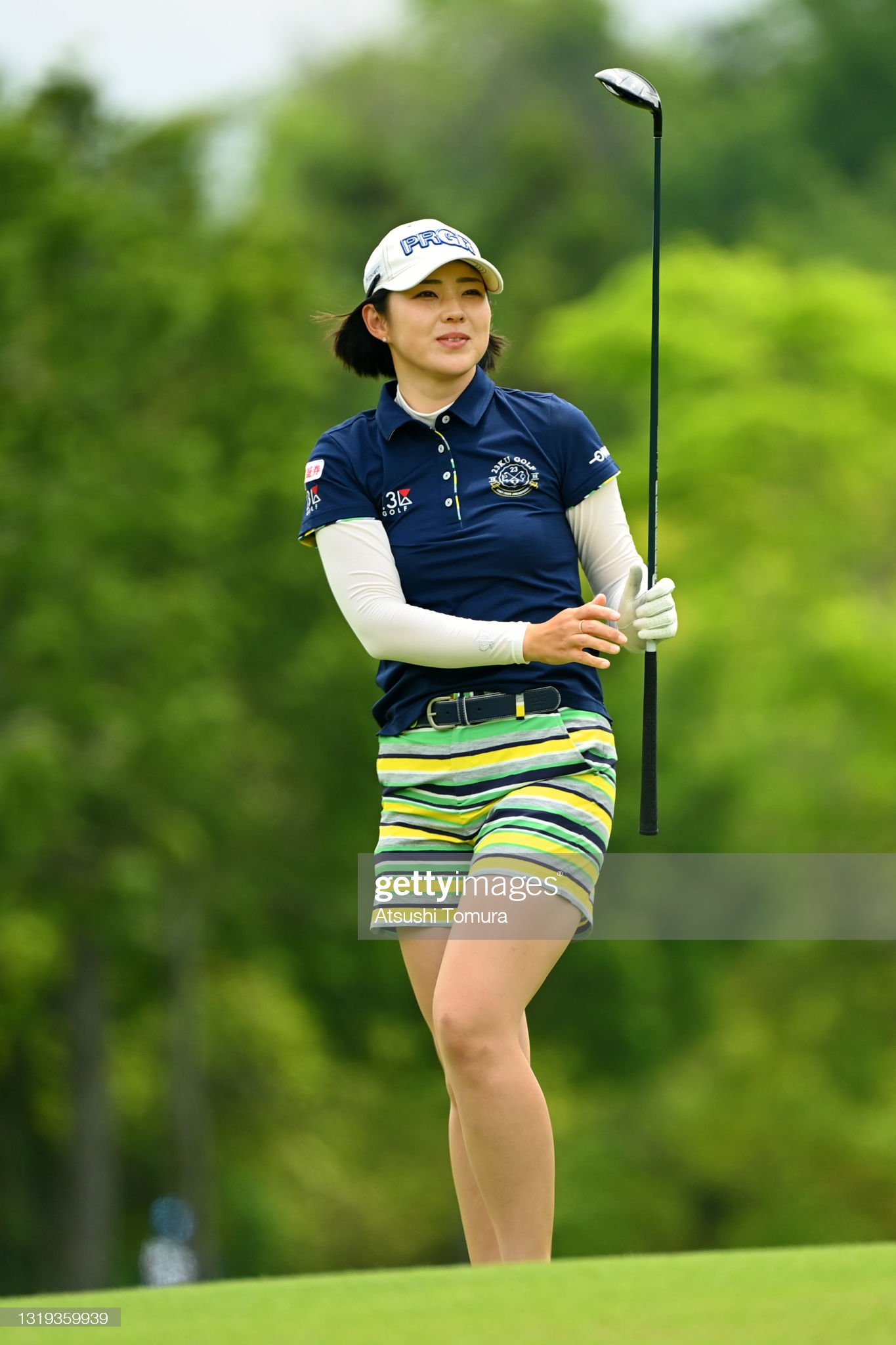 https://media.gettyimages.com/photos/rie-tsuji-of-japan-reacts-after-her-second-shot-on-the-16th-hole-the-picture-id1319359939?s=2048x2048