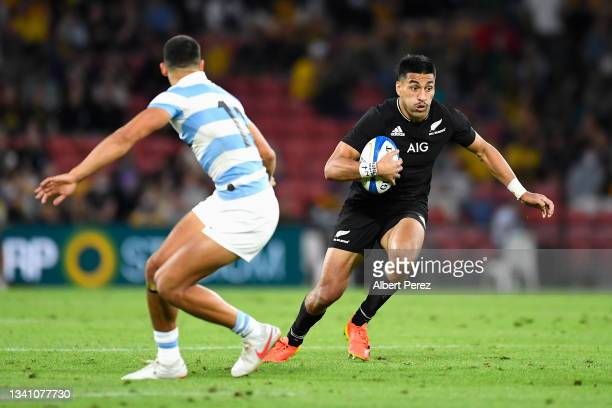Rieko Ioane of the All Blacks runs the ball during The Rugby Championship match between the Argentina Pumas and the New Zealand All Blacks at Suncorp...