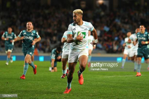Rieko Ioane of the Blues dives over to score a try during the round 3 Super Rugby Aotearoa match between the Blues and the Highlanders at Eden Park...
