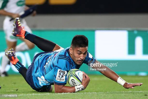 Rieko Ioane of the Blues scores a try during the round six Super Rugby match between the Blues and the Highlanders at Eden Park on March 22 2019 in...