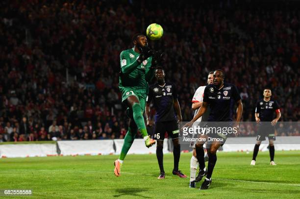 Riffi Mandanda of Ajaccio during the Ligue 2 match between Nimes Olympique and AC Ajaccio on May 12 2017 in Nimes France