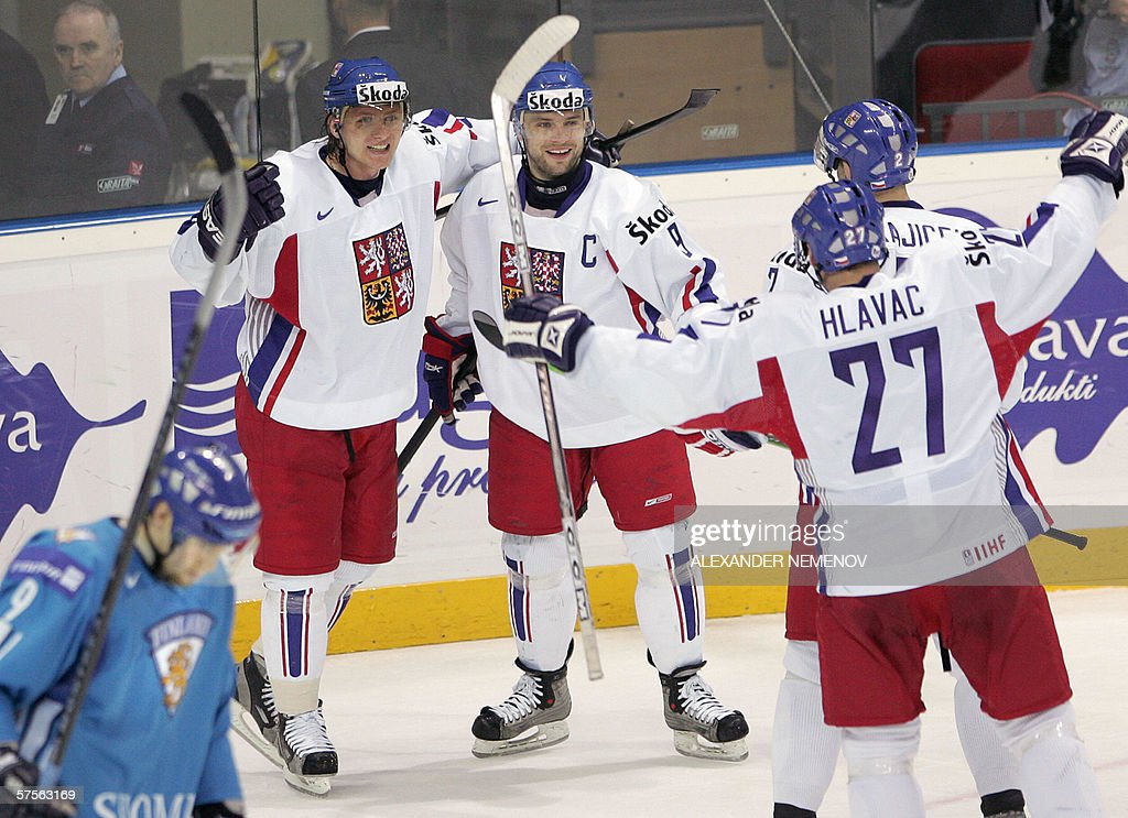 Czech players celebrate after scoring ag : News Photo