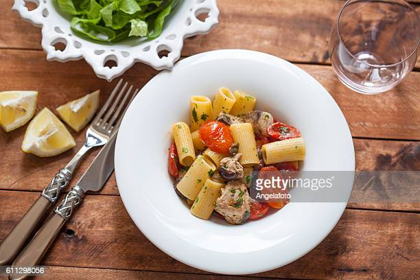 Rigatoni with Tuna Fish and tomato