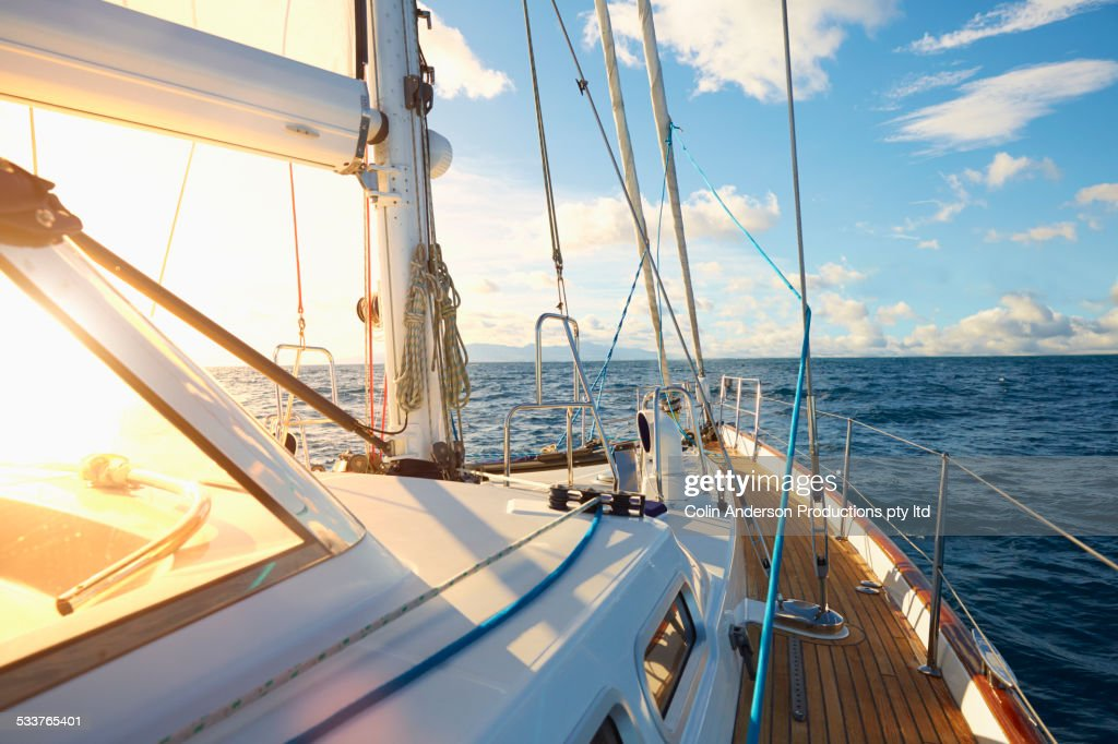 Rigging and sail on yacht deck : Stock-Foto