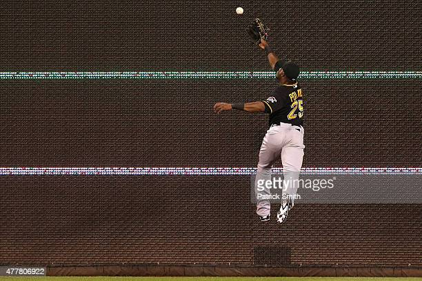 Right fielder Gregory Polanco of the Pittsburgh Pirates attempts to catch an RBI triple hit by Danny Espinosa of the Washington Nationals in the...