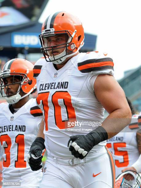 Right guard Kevin Zeitler of the Cleveland Browns runs off the field prior to a game on October 8 2017 against the New York Jets at FirstEnergy...
