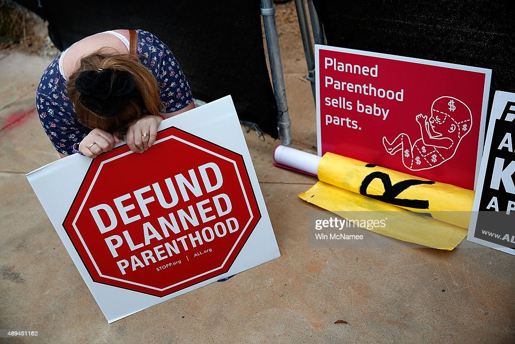 Anti-Abortion Activists Protest At Proposed Site Of Planned Parenthood Office : News Photo