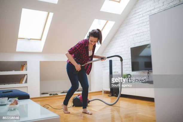 right way to clean - tv housewife stock photos and pictures