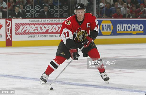 Right wing Daniel Alfredsson of the Ottawa Senators skates with the puck against the the Buffalo Sabres in game two of the Eastern Conference...