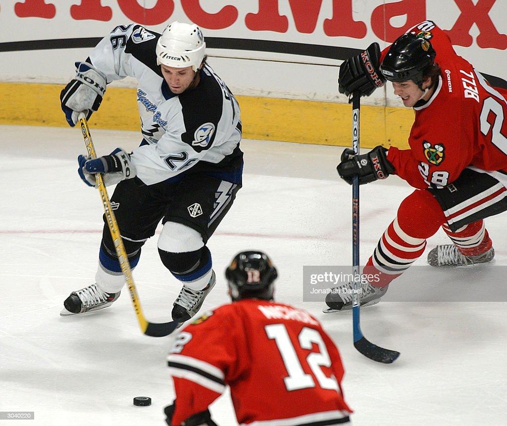 Lightning v Blackhawks : News Photo