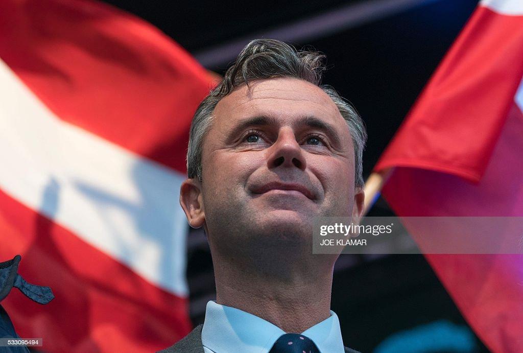 AUSTRIA-VOTE-HOFER : News Photo