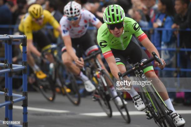 Rigoberto URAN in action ahead of Warren BARGUIL and Christopher FROOME during 589km Main Race of the 5th edition of TDF Saitama Criterium 2017 On...