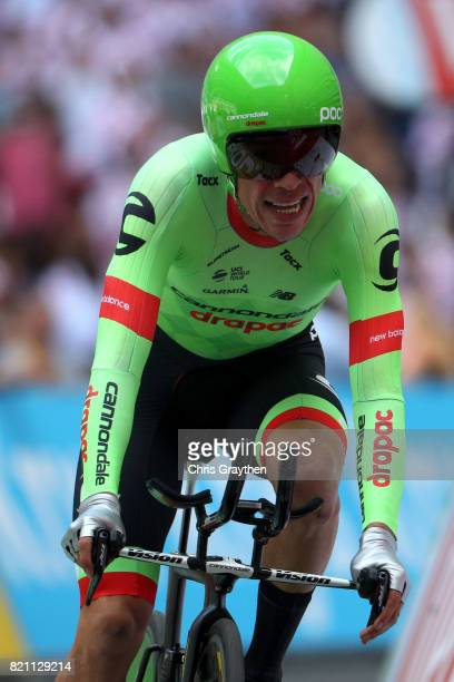 Rigoberto Uran of Colombia riding for Cannondale Drapac sprints to the finish during the individual time trial stage 20 of the 2017 Le Tour de France...