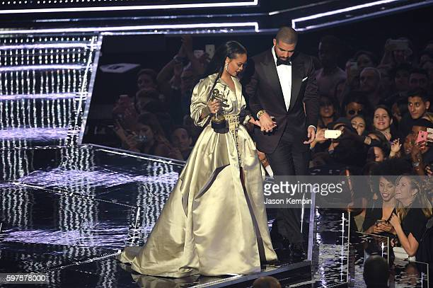 Rihanna accepts the Video Vanguard award onstage during the 2016 MTV Music Video Awards at Madison Square Gareden on August 28 2016 in New York City