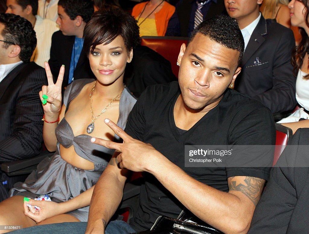 Rihanna dating Chris Brown igen 2012