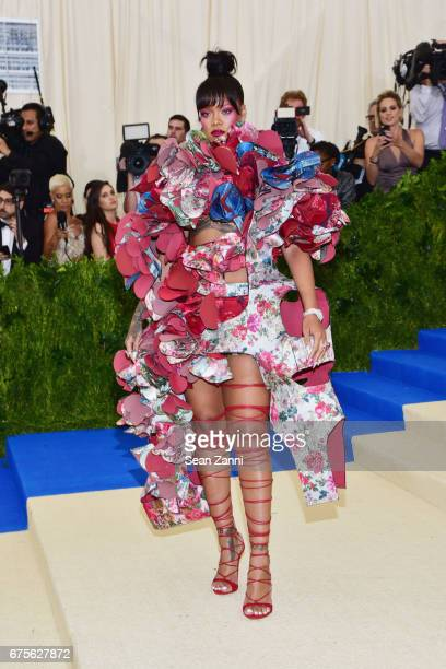 "Rihanna arrives at ""Rei Kawakubo/Comme des Garcons: Art Of The In-Between"" Costume Institute Gala at The Metropolitan Museum on May 1, 2017 in New..."