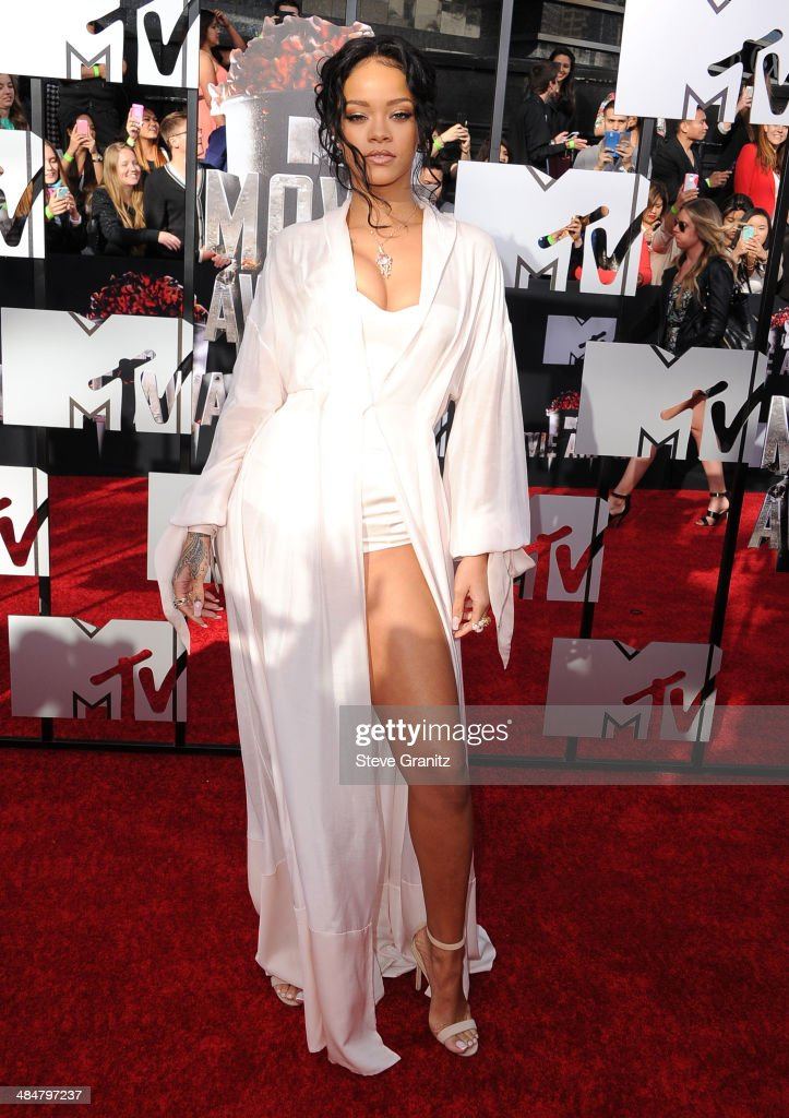 2014 MTV Movie Awards - Arrivals : News Photo