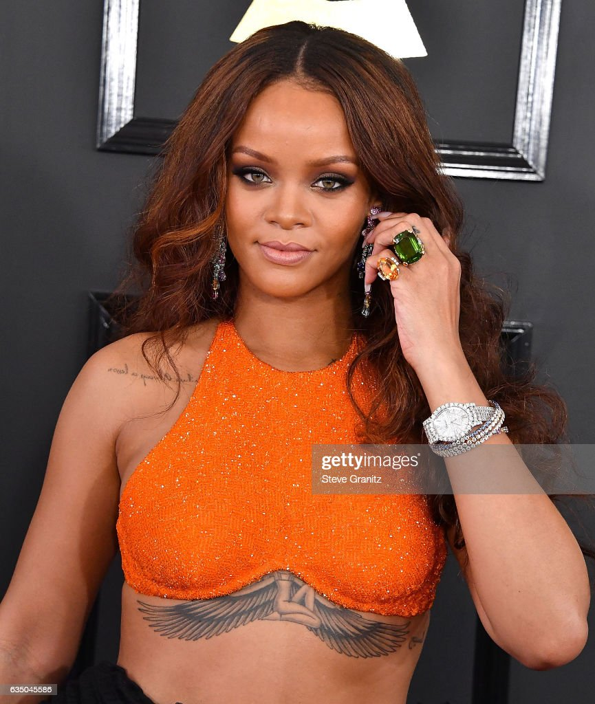 Rihanna arrives at the 59th GRAMMY Awards on February 12, 2017 in Los Angeles, California.