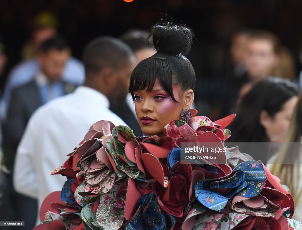ENTERTAINMENT-US-COSTUME-FASHION-MET-GALA : News Photo