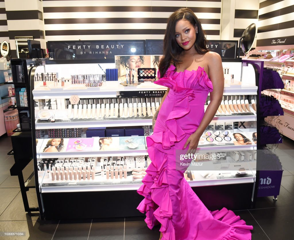 Rihanna Celebrates Fenty Beauty's 1-Year Anniversary At Sephora Inside JCPenney : News Photo