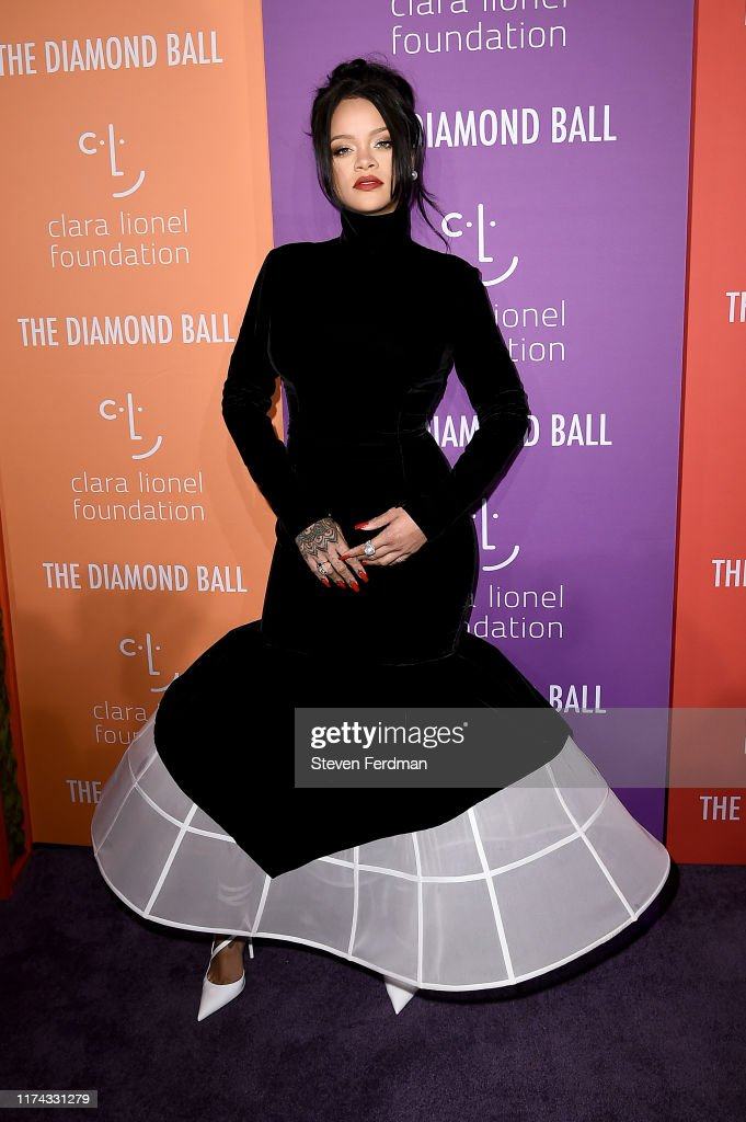 Rihanna's 5th Annual Diamond Ball : ニュース写真