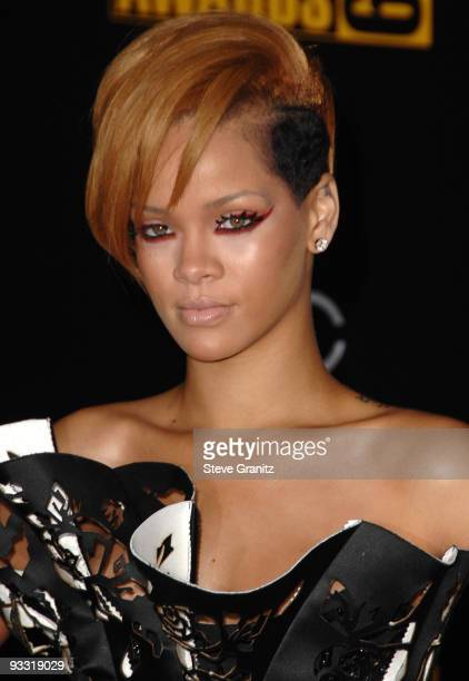 Rihanna attends the 2009 American Music Awards at Nokia Theatre LA Live on November 22 2009 in Los Angeles California