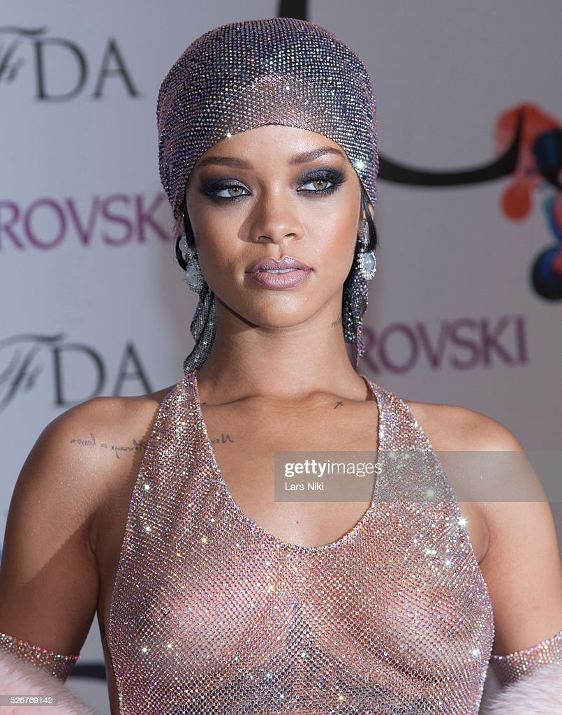 USA - 2014 CFDA Fashion Awards In New York - Red Carpet Arrivals : News Photo
