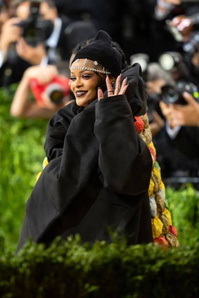 NY: The 2021 Met Gala Celebrating In America: A Lexicon Of Fashion - Street Sightings