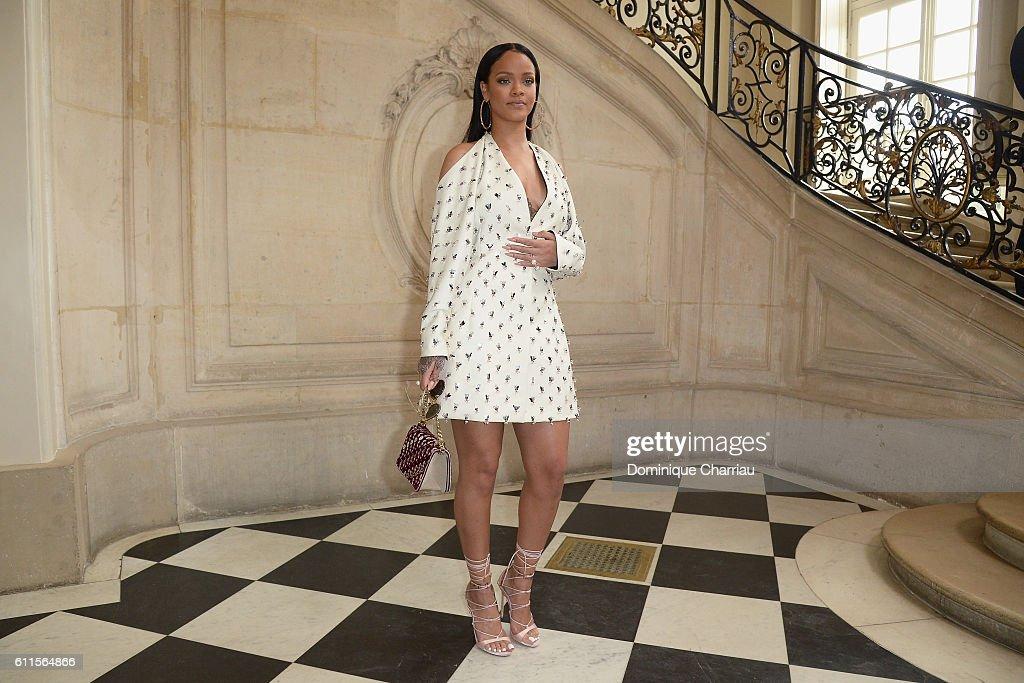 Christian Dior : Photo Call - Paris Fashion Week Womenswear Spring/Summer 2017 : News Photo