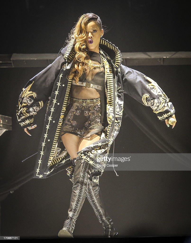 CAN: Rihanna Concert In Toronto