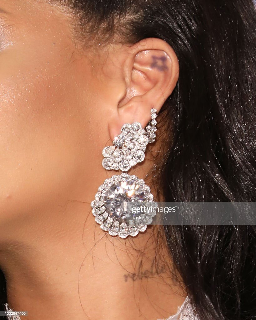 Rihanna's 4th Annual Diamond Ball : Nachrichtenfoto