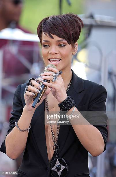 Rihanna performs on CBS' The Early Show on June 20 2008 at the CBS Studios Plaza in New York