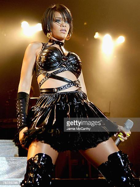 Rihanna performs on stage at her concert with Kat DeLuna at the Nokia Theater in New York October 112007