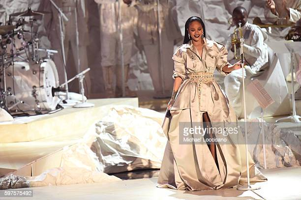Rihanna performs onstage during the 2016 MTV Video Music Awards at Madison Square Garden on August 28, 2016 in New York City.