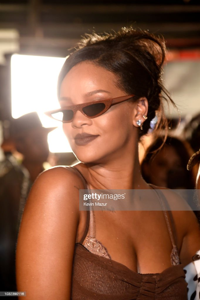Rihanna poses backstage for the Savage X Fenty Fall/Winter 2018 fashion show during NYFW at the Brooklyn Navy Yard on September 12, 2018 in Brooklyn, NY.