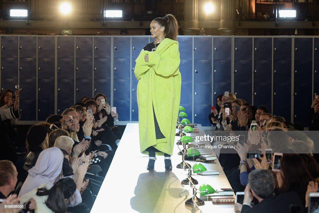 FENTY PUMA by Rihanna : Runway - Paris Fashion Week Womenswear Fall/Winter 2017/2018 : News Photo