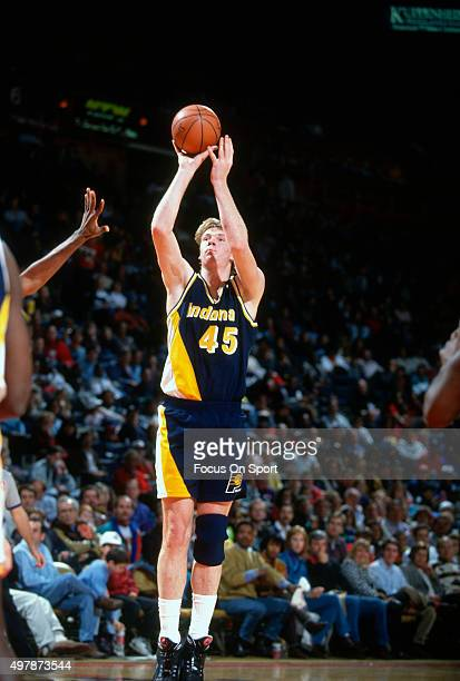 Rik Smits of the Indian Pacers shoots against the Washington Bullets during an NBA basketball game circa 1992 at the Capital Centre in Landover...