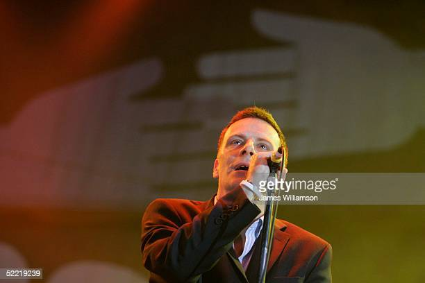Rikki Ross of Deacon Blue performa at the Concert For Tsunami Relief charity concert in aid of the Disasters Emergency Committee Tsunami Earthquake...