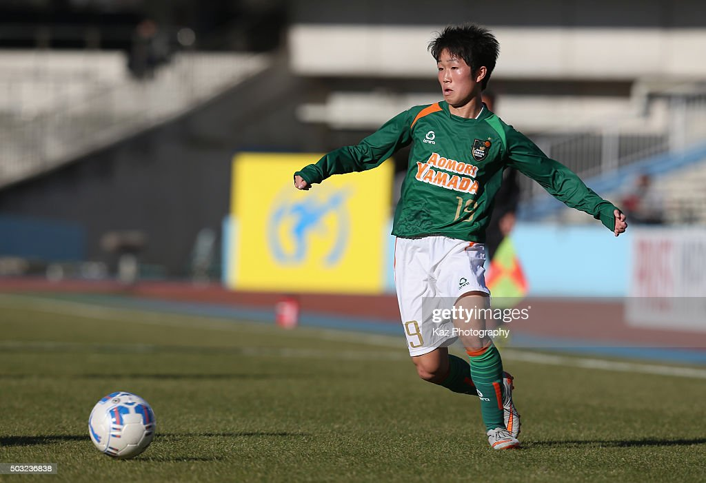 Riku Saga of Aomori Yamada in action during the 94th All Japan High School Soccer Tournament second round match between Aomori Yamada and Seiwa Gakuen at Todoroki Stadium on January 2, 2016 in Kawasaki, Kanagawa, Japan.
