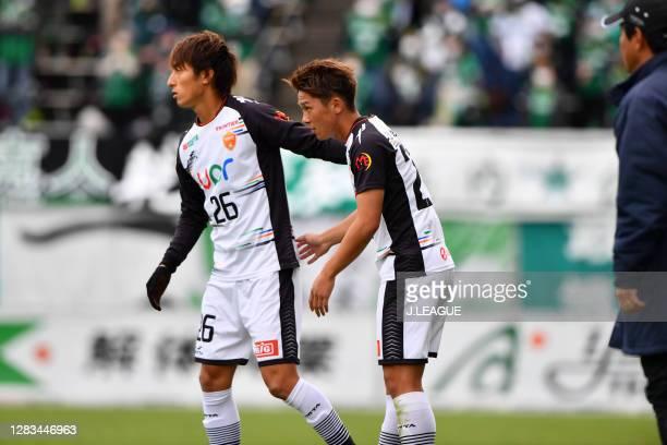 Riku TANAKA change with Ayumu KAWAI of Renofa Yamaguchi during the J.League Meiji Yasuda J2 match between Matsumoto Yamaga and Renofa Yamaguchi at...