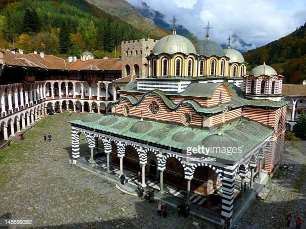 rila monastery - 僧院 ストックフォトと画像