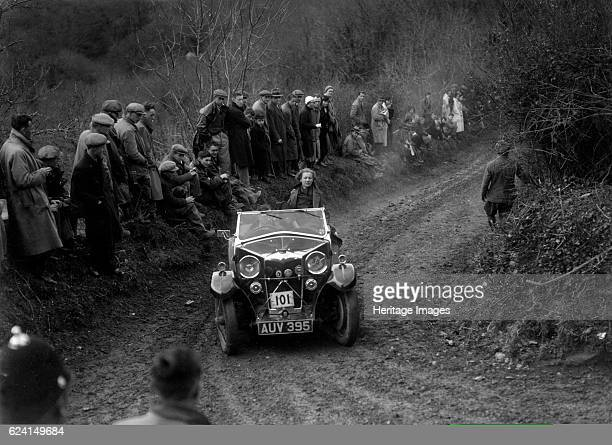 Riley Lynx of EWD Ritchie competing in the MCC Lands End Trial 1935 Artist Bill BrunellRiley Lynx 1933 1089 cc Vehicle Reg No AUV395 Event Entry No...