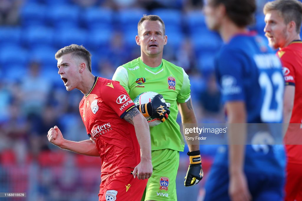 A-League Rd 3 - Newcastle v Adelaide : News Photo