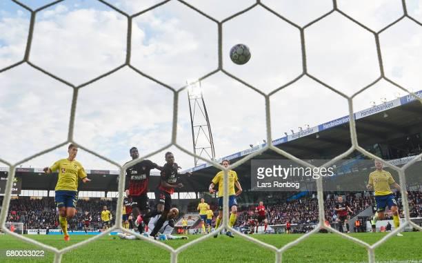 Rilwan Hassan of FC Midtjylland scores the 20 goal adjacent Goalkeeper Adam Kwarasey of Brondby IF during the Danish Alka Superliga match between FC...